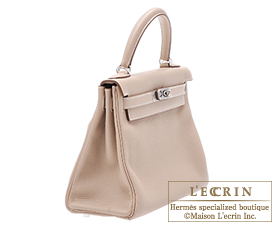 Hermes_Kelly_bag_28_retourne_Argile_beige_Clemence_leather_Silver_hardware_1802_2.jpg